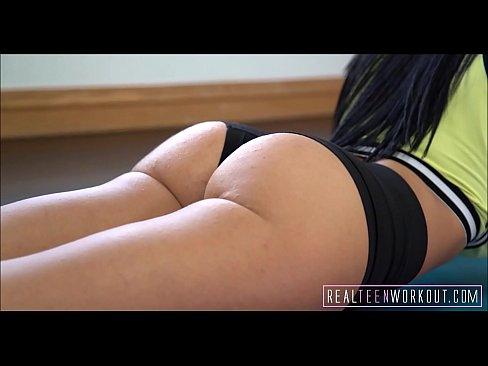Big Tits Fazendo sexo direto no Redtube