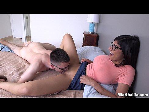 Mia Khalifa Fazendo Sexo Gostoso com um fã