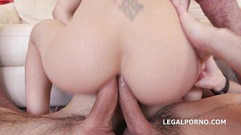 Dupla penetração anal