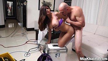 Assistir Red tube de sexo com Mia Khalifa e sua buceta linda