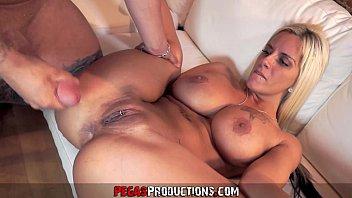 Pamela Butt fazendo sexo anal gostoso no xporno