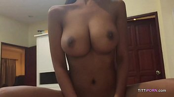 Porno amador com peituda linda metendo gostoso