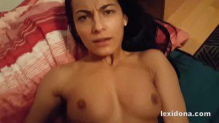 Lexidona e sua buceta gostosa fudendo no xvideos porno